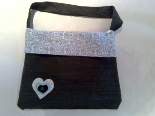 I made this bag for my friend Faye, for her birthday... she liked it :)